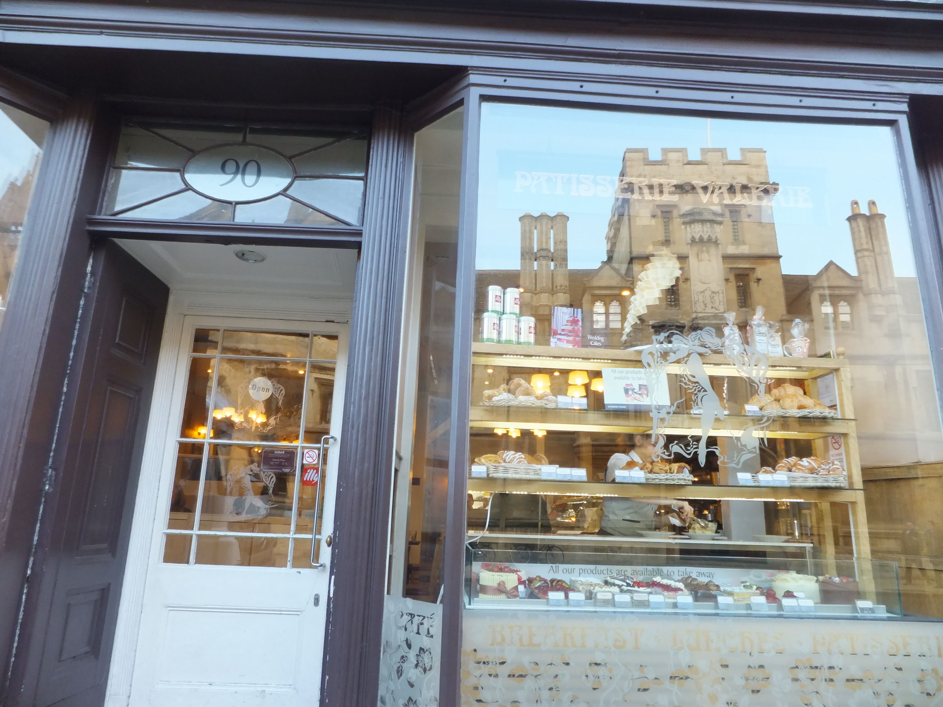 Patisserie Valerie in Oxford