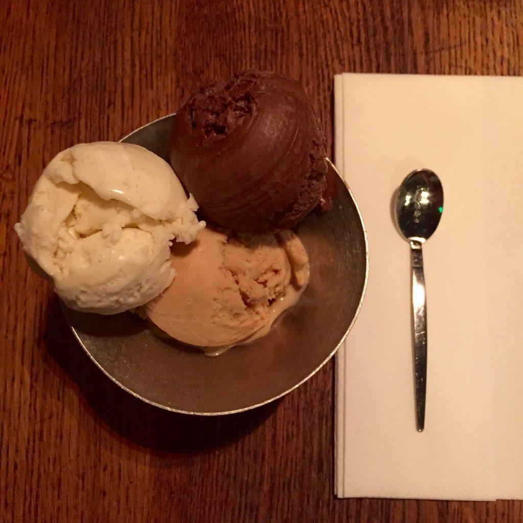 Ice Cream at Jamies PIzzeria