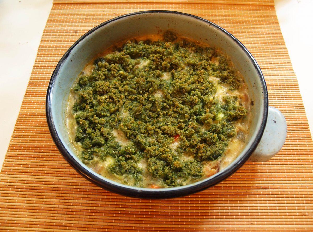 Recipe Chicken Pesto Crumble Pie