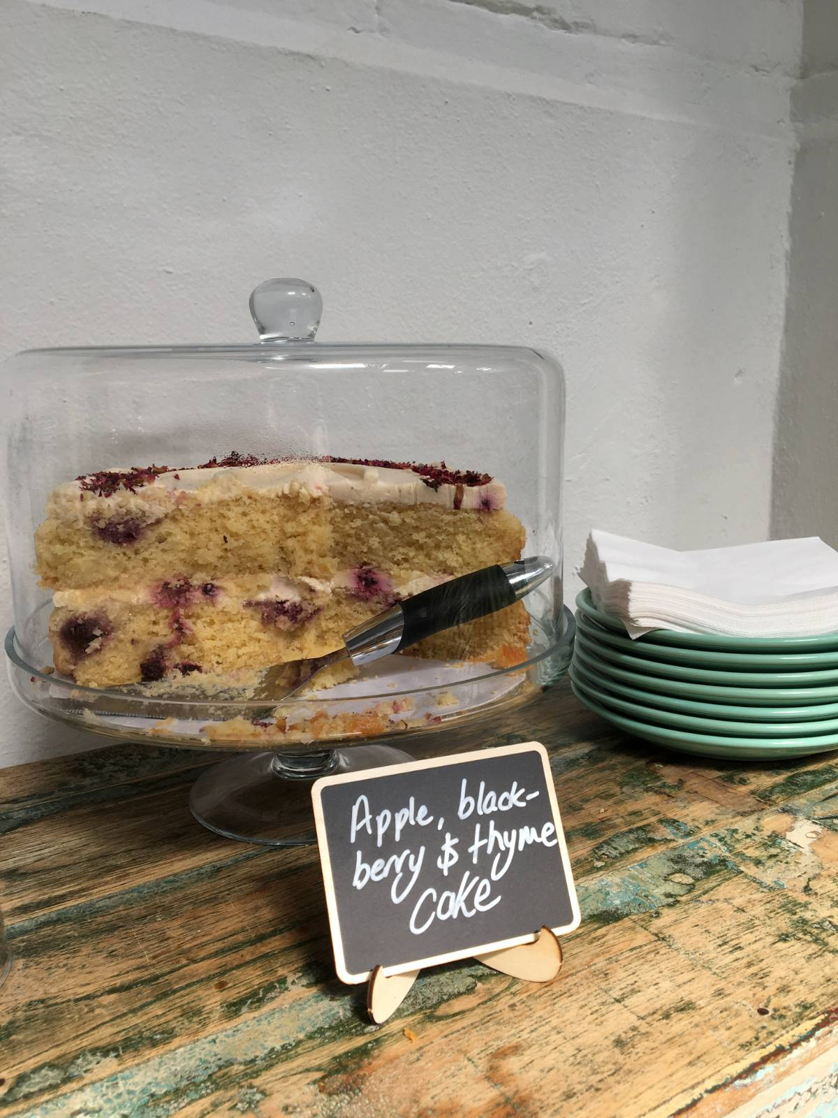 Help Yourself to Cake and Water at Quarters Collective Oxford - Image Credit Bitten Oxford